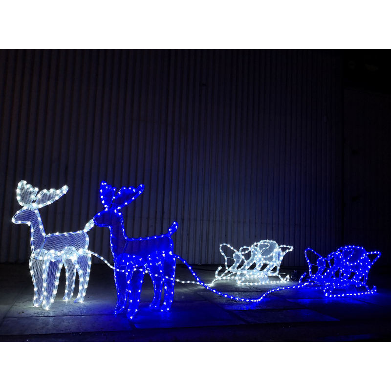 Renifer z saniami LED - SIATKA